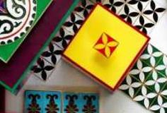 香港の新進メーカーLALA CURIOの七宝焼きタイルコレクション